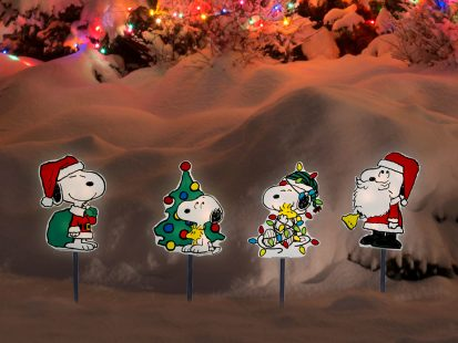 12″ Peanuts 2D LED Pre-Lit PVC Pathway Markers Featuring Snoopy Christmas Yard Art